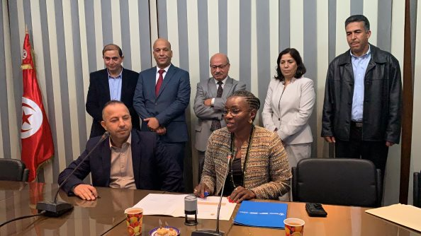 Photo: WFP/Agustin Depetris, The Commissar for Agriculture (front left) and Head of WFP Tunisia (front right) signed the partnership agreement at the Governorate House in Siliana.