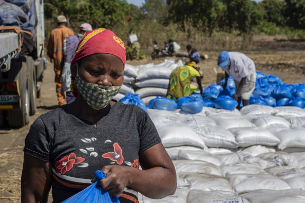 Photo: WFP/ Falume Bachir, WFP food distribution, Cabo Delgado, Mozambique.