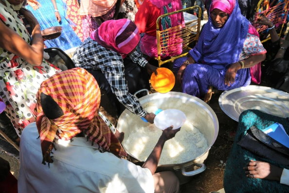 Photo: WFP/Leni Kinzli, Ethiopians fleeing intense fighting in their homeland of Tigray, gather in the neighbouring Sudanese Um Rakuba Refugee Camp, Gedaref State