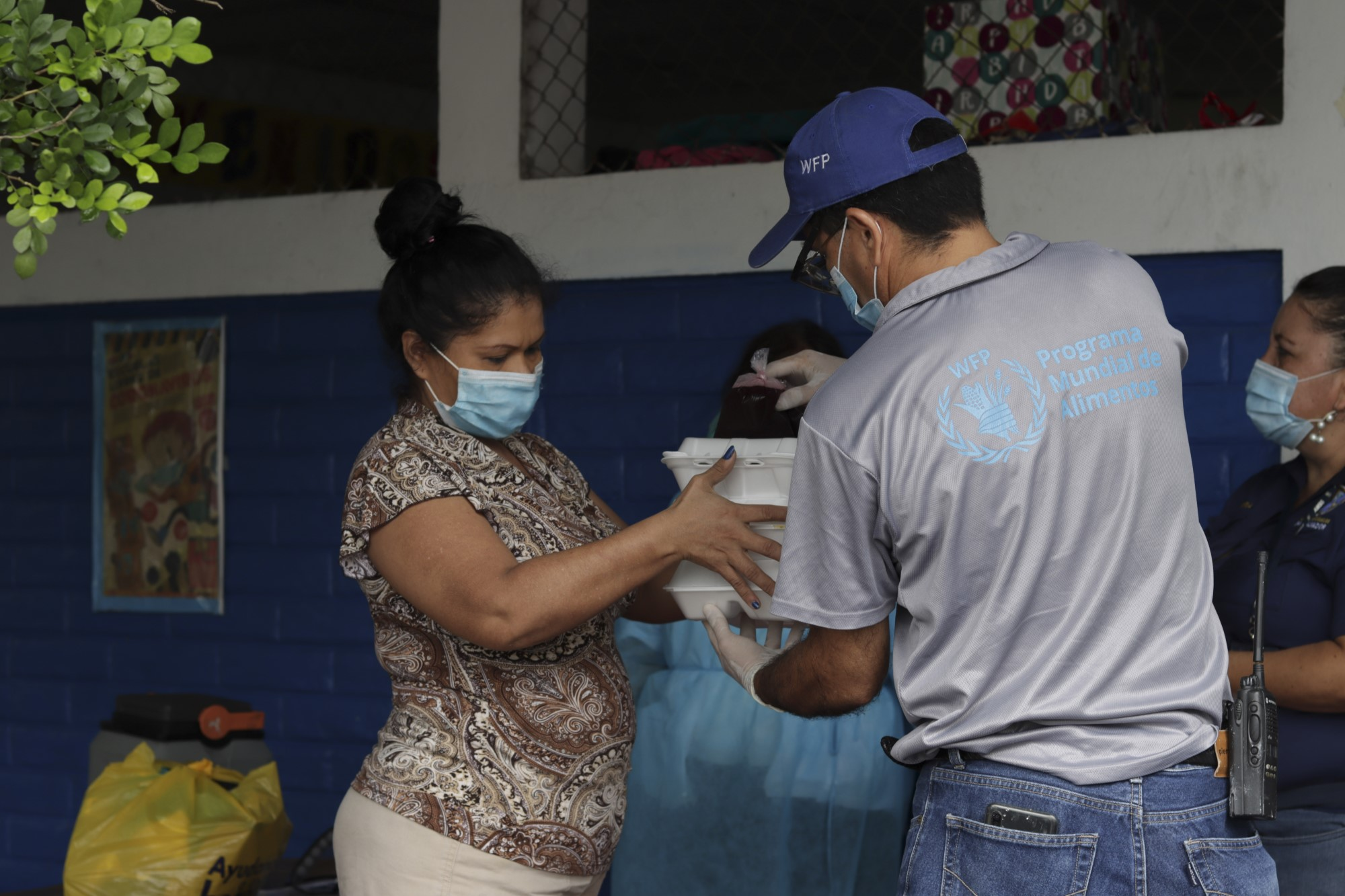 Food Distribution in El Salvador - WFP/David Fernandez