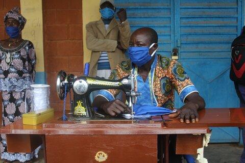 Coronavirus: WFP helps communities create potentially life-saving equipment while boosting incomes