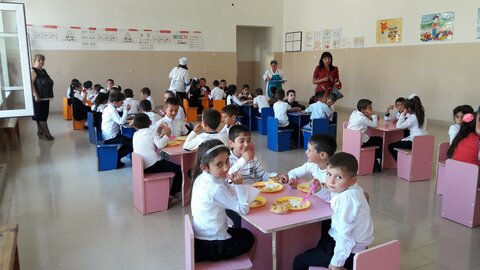 School meals + cash transfers = better nutrition and more local jobs