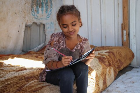 'Dear people of the world': Two girls in Yemen, two letters for Children's Day