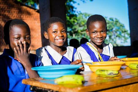 Behind the scenes of school feeding