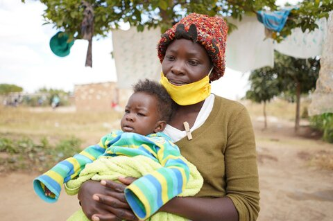 'Coronavirus destroys everything': Urban hunger grips Zimbabwe