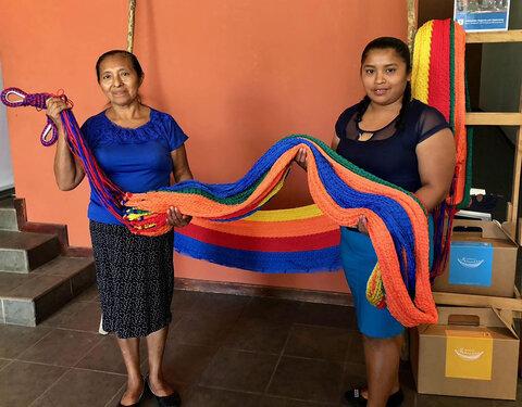 Women in El Salvador: 'Failed crops? We'll make hammocks'