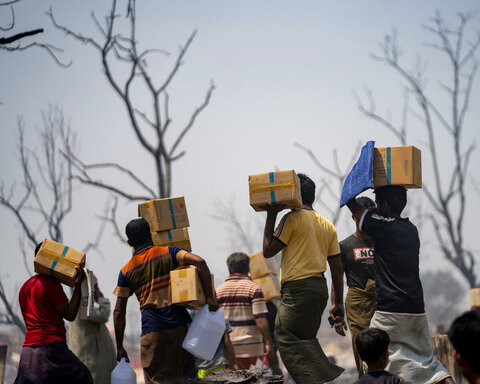 WFP supports Rohingya refugees after blaze destroys homes