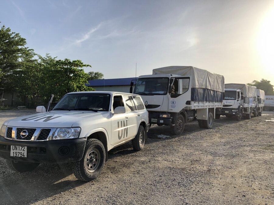 A WFP convoy leaves Port au Prince for Les Cayes_johanna piaton