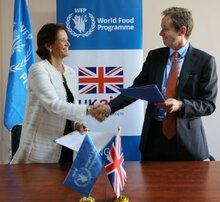 Photo: WFP/Julia Mills, Country Director WFP Jordan Sarah Gordon-Gibson, and head of DFID in Jordan, Charles Harper