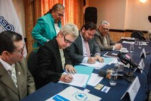 "El Salvador: Broadcasters and WFP Launch ""A Step Against Hunger"" Radio Campaign"