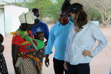 Photo: WFP/ Noemi Renzetti, Princess Sarah Zeid of Jordan on a visit to a WFP-supported gender-sensitive stunting prevention programme in Sofala Province, Mozambique