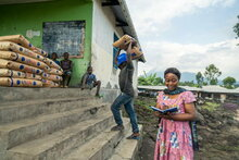 WFP provides food to thousands displaced from Goma after Volcano eruption