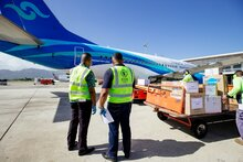 Serving communities in remote Pacific Islands, WFP Humanitarian Air Service supports COVID-19 response