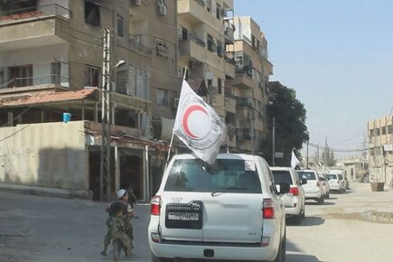 Humanitarian Convoys Reach Last Two Besieged Areas in Syria (For The Media)