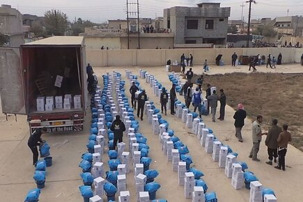 First WFP Food Distribution In Mosul (For the Media)