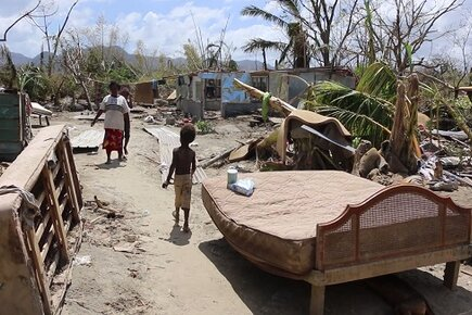 Food Dispatched to Vanuatu Islands Worst-Hit by Cyclone Pam (For the Media)