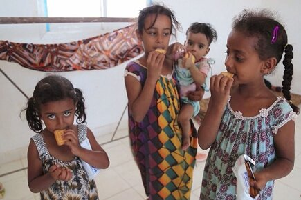 Yemen - WFP Struggling to Reach People Affected by Fighting (For the Media)