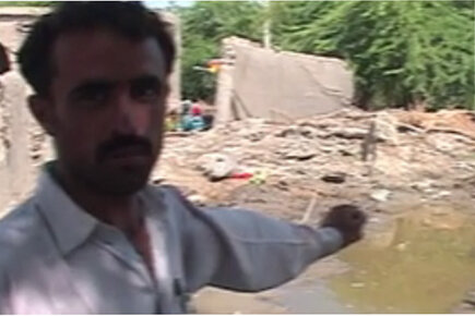 Pakistan Farmer Says Homes and Crops Still Underwater