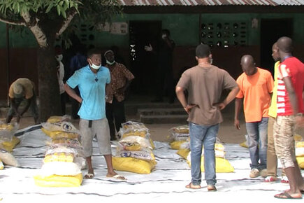 Ebola Leaves Hundreds of Thousands Facing Hunger (For the Media)