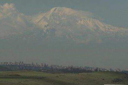 Armenian-Syrians Find Refuge In Their Ancestral Homeland