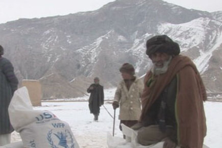 Afghanistan: WFP food aid helps villagers get through harsh winter