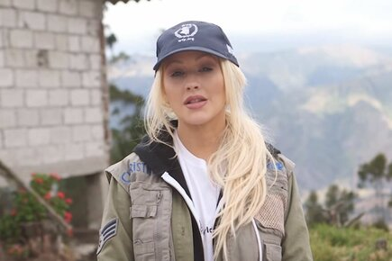 Christina Aguilera For One Future, #ZeroHunger