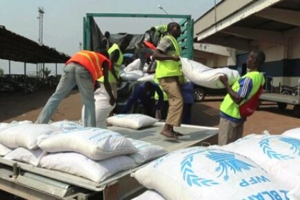 WFP Starts Airlifting Food Into Central African Republic (For The Media)