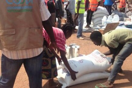 WFP Resumes Feeding Displaced Families At Bangui Airport In Central African Republic (For The Media)