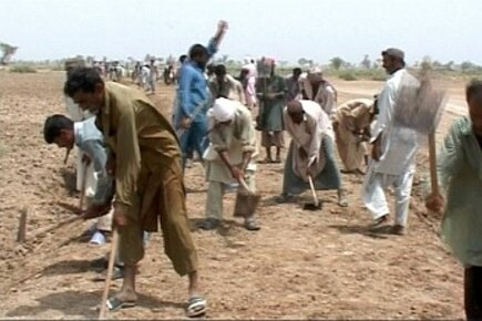 Pakistan Flood Victims A Year Later: Benefiting From Food-For-Work