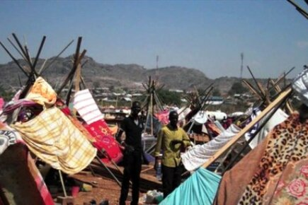 WFP Provides Food For South Sudanese Displaced By Current Conflict (For The Media)