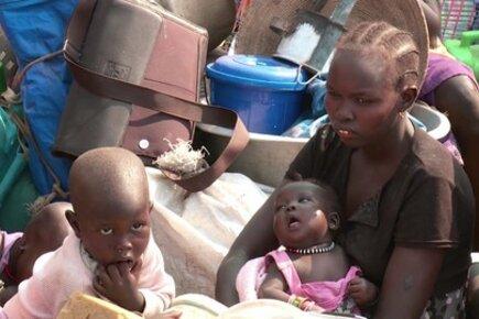 South Sudan: WFP Delivers Food for Refugees in Uganda
