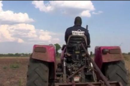 WFP Zambia - P4P Tractors